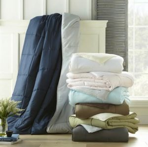 Cloud Soft Down Alternative Reversible Comforter